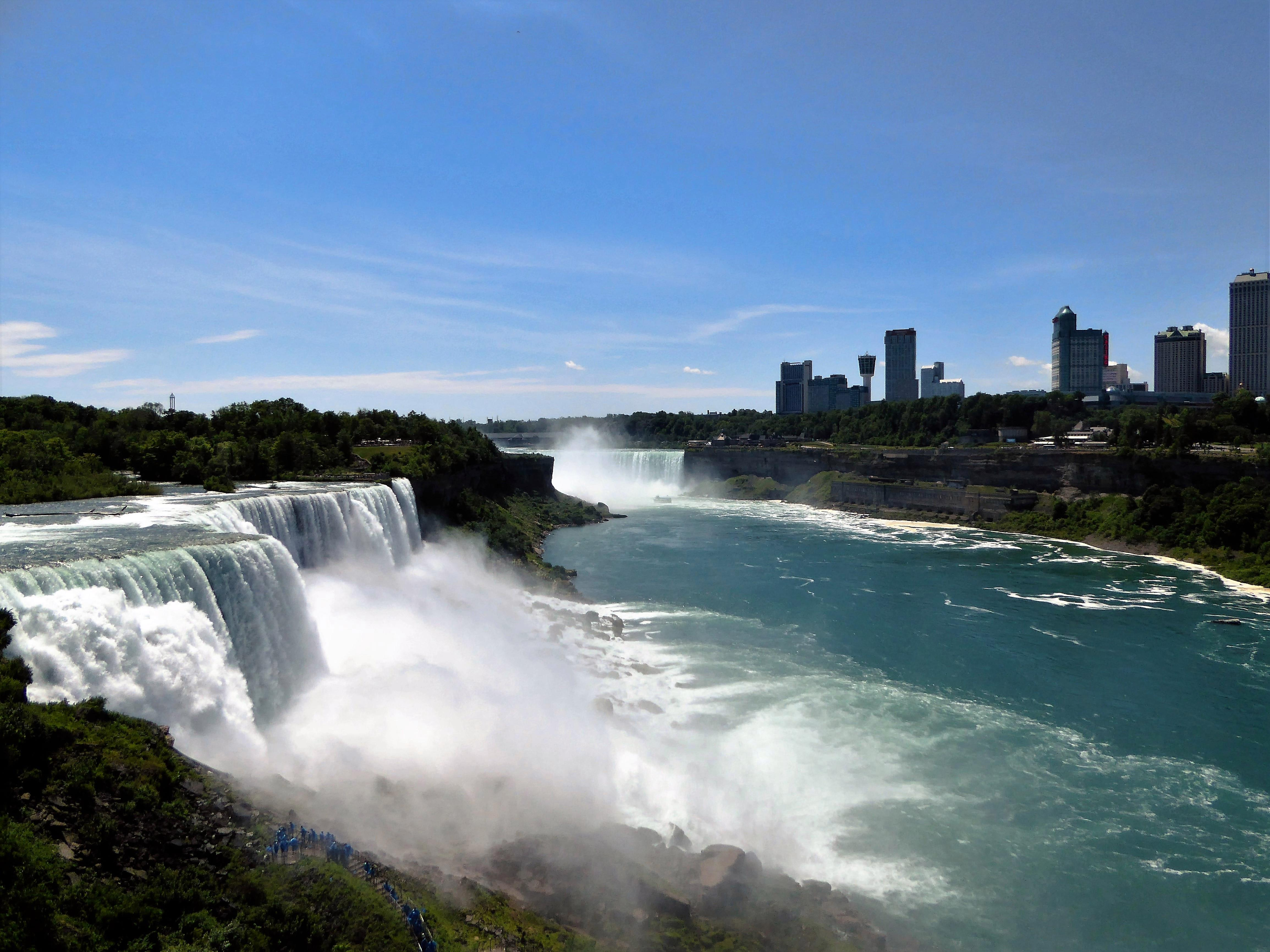 how to get to niagara falls from buffalo